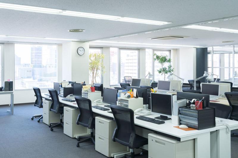 empty-corporate-office